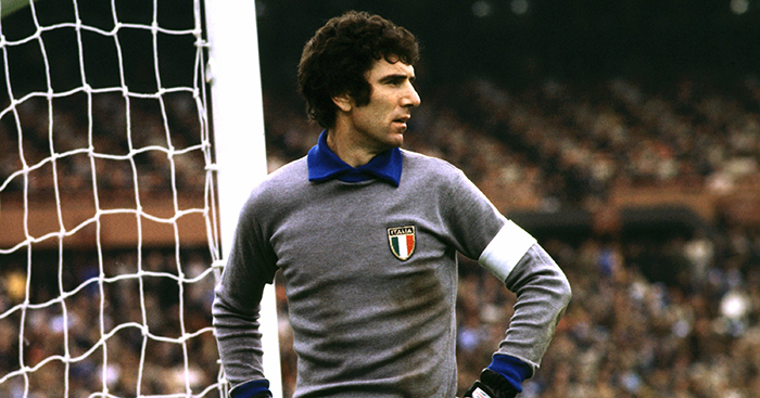 dbeb97ebb The most iconic goalkeeper jerseys of all time - The good