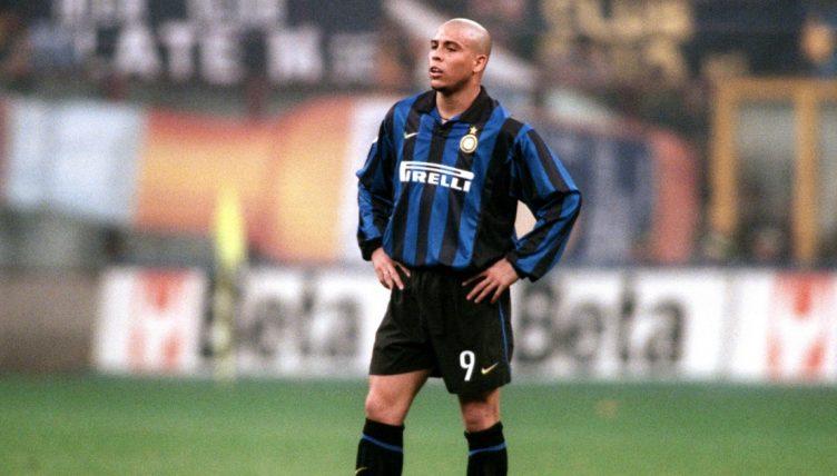 Ronaldo playing for Inter Milan.
