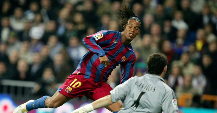 6cc6993a3 A forensic analysis of the night Ronaldinho had Real fans on their feet -  Planet Football