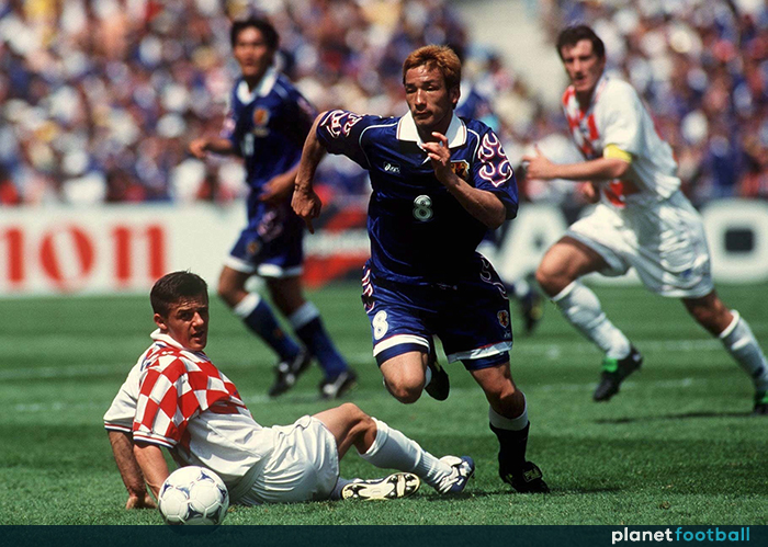 Hidetoshi-Nakata-Japan-World-Cup-98.jpg