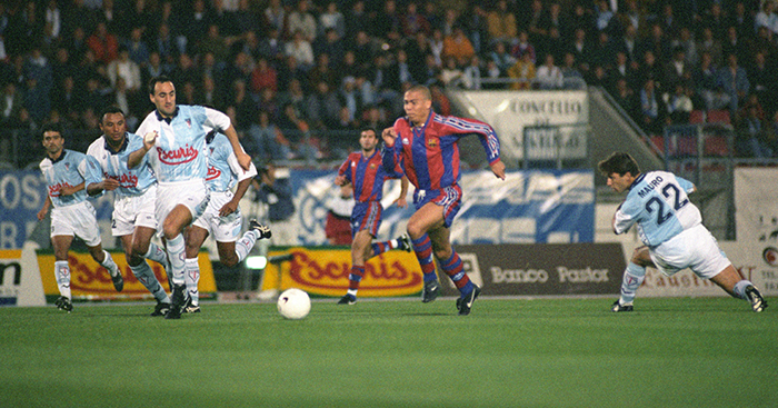 A Tribute To Barcelona Era Ronaldo And His Other Hat Trick V Valencia Planet Football
