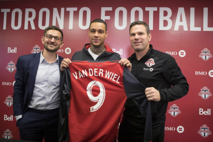04b7bbea44d 13 players you might not know are in MLS  Van der Wiel