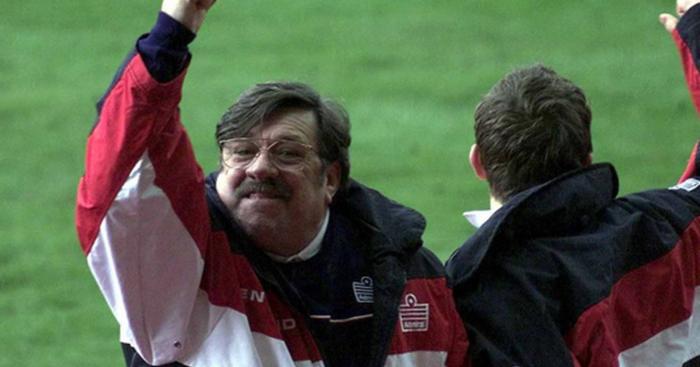 Mike-Bassett-England-Manager.jpg