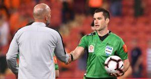 Jarred-Gillett-referee