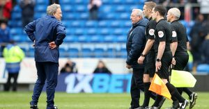 Neil Warnock confronts officials after Cardiff City vs Chelsea