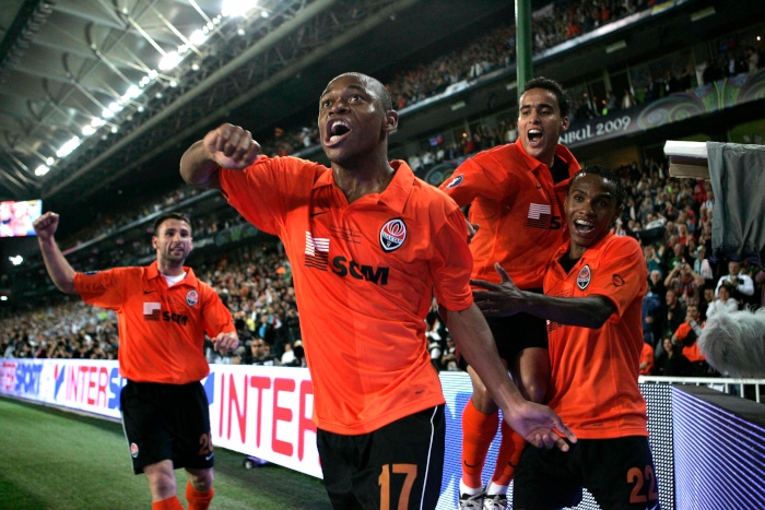 Shakhtar Donetsk's Luis Adriano celebrates scoring the opening goal of the game