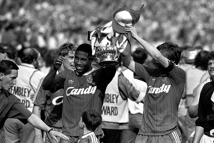 John Barnes and Ronnie Whelan pose with the FA Cup