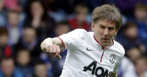 Peter-Beardsley-Manchester-United
