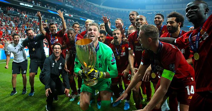 Adrian celebrates Super Cup win