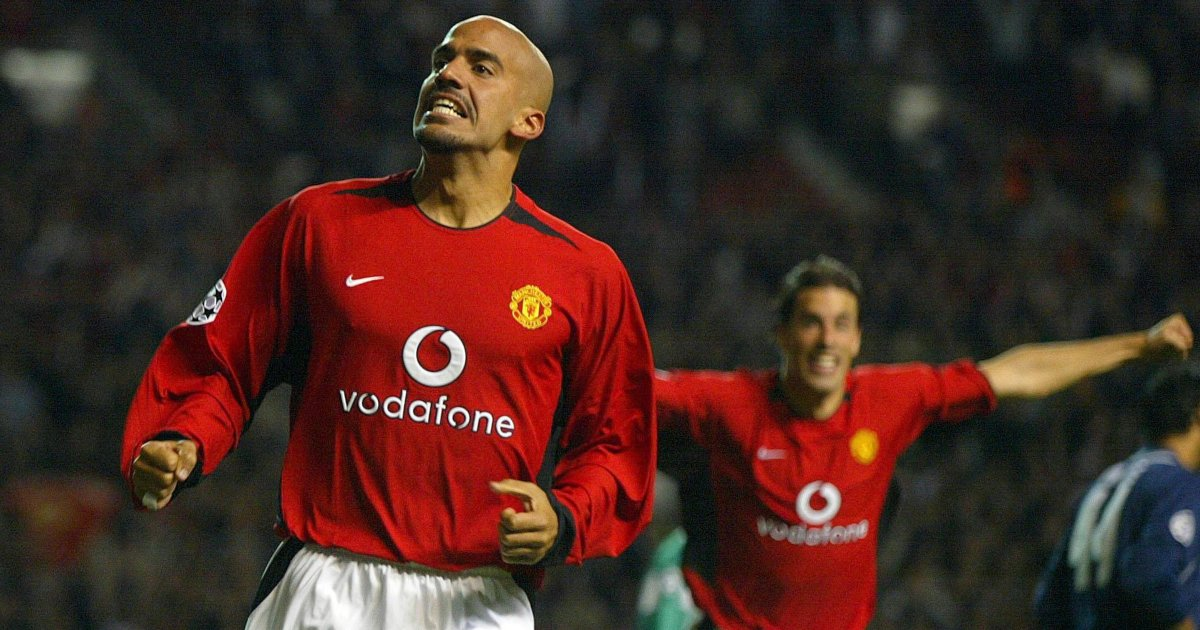 A tribute to Juan Sebastian Veron, Man Utd's right man at the wrong time -  Planet Football
