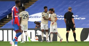 Marcus Rashford and Bruno Fernandes celebrate
