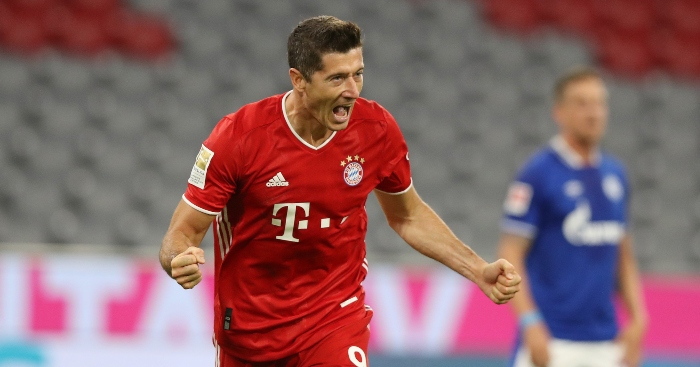 Watch: Robert Lewandowski completes outrageous rabona assist thumbnail