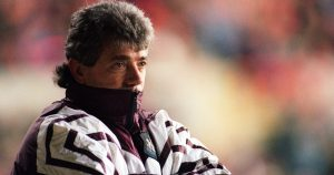 Kevin Keegan looks on as Newcastle play Nottingham Forest. May 1996.