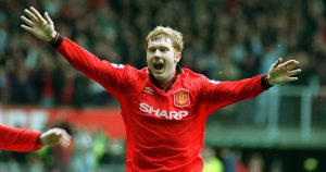 Paul Scholes celebrates after scoring for Manchester United.