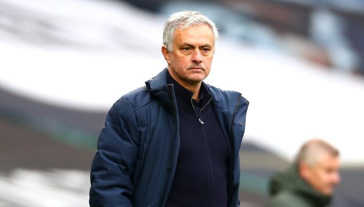 Watch: Baffled Mourinho gets asked about Dulux dog in ...