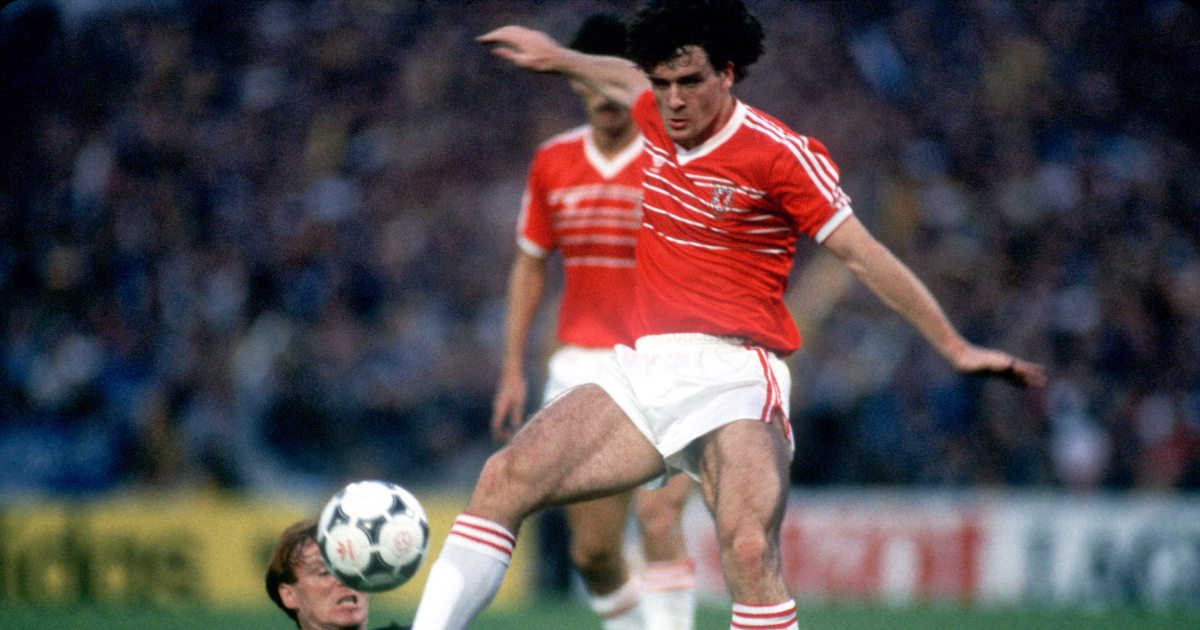 Mark Hughes tells the story of the day he played for both Wales and Bayern - Planet Football