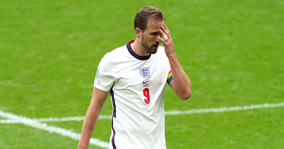 Watch Harry Kane Misses Great Chance To Give England The Lead Vs Germany Planet Football