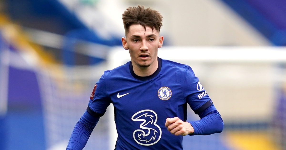 Watch: Chelsea players mock Billy Gilmour's height in hilarious video - Planet Football