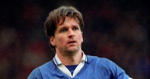 Canada international Frank Yallop playing for Ipswich. 1995.