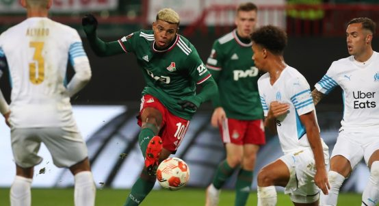 Tino Anjorin scores late equaliser in draw between Lokomotiv Moscow and Marseille.