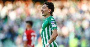 Hector Bellerin playing for Real Betis in La Liga.
