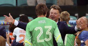 Louis van Gaal and Tim Krul