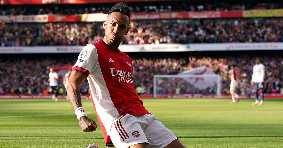 Watch: Aubameyang copies Thierry Henry's iconic goal celebration v Spurs - Planet Football
