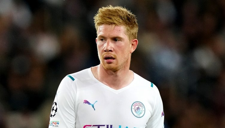 Kevin de Bruyne playing for Manchester City against PSG