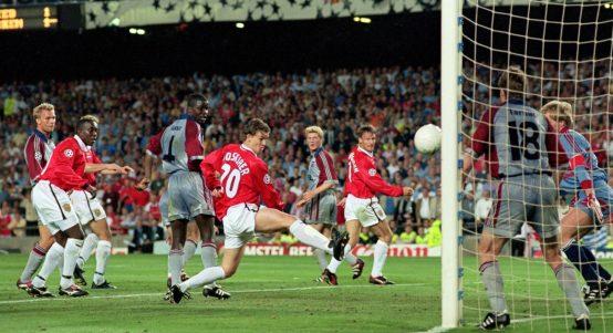 Manchester United's Ole Gunnar Solskjaer scores against Bayern Munich