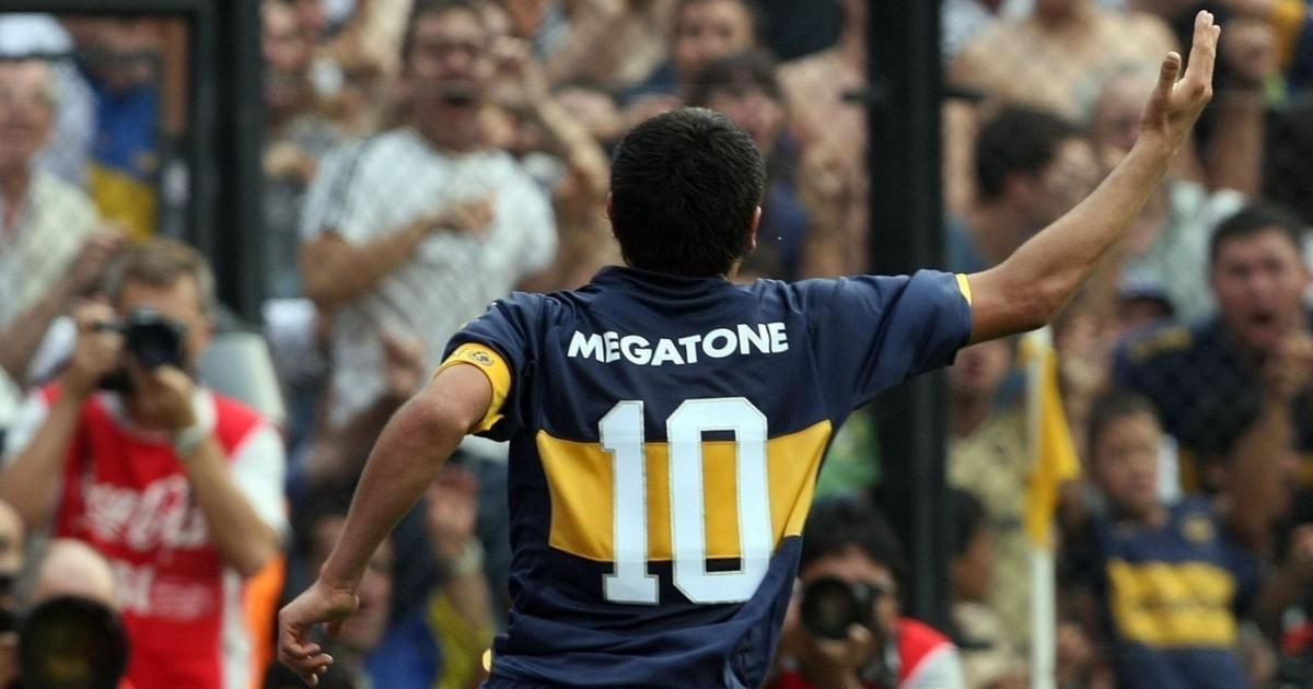 Juan Roma Riquelme at Boca Juniors, April 2007.