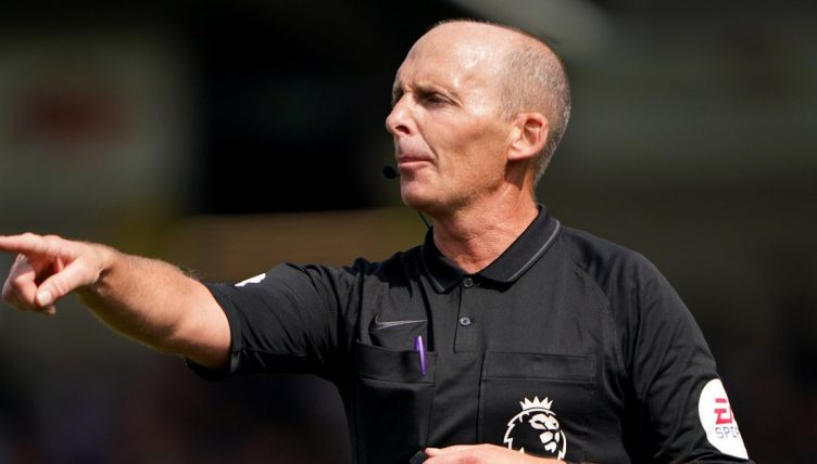 Mike Dean refereeing