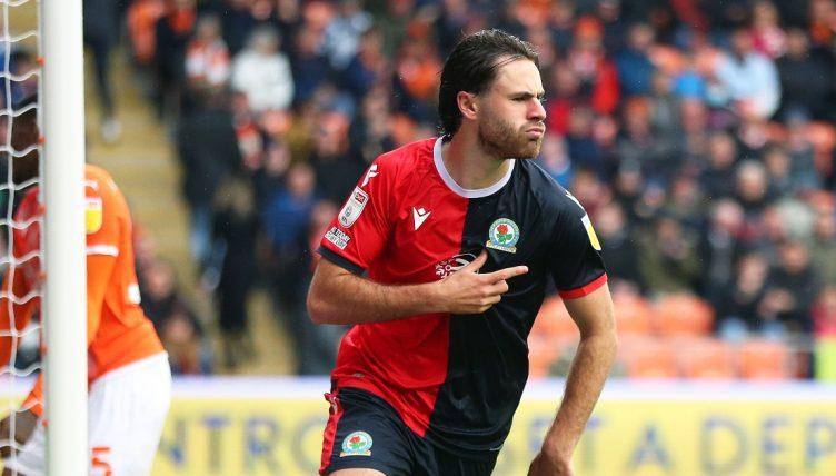 Ben Brereton Diaz playing for Blackburn Rovers in 2021