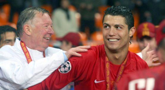 克里斯蒂亚诺·罗纳尔多和弗格森爵士在曼联赢得冠军联赛后庆祝。