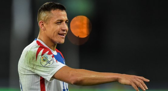 Alexis Sanchez playing for Chile against Brazil.