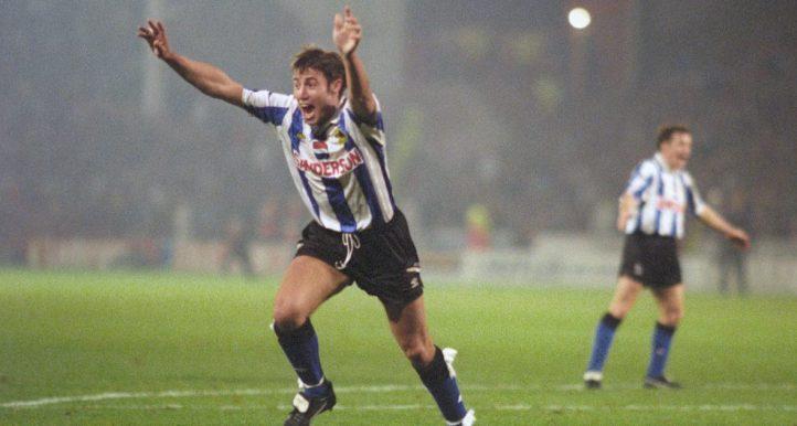Paul Warhurst celebrates scoring for Sheffield Wednesday in Novermber 1992.